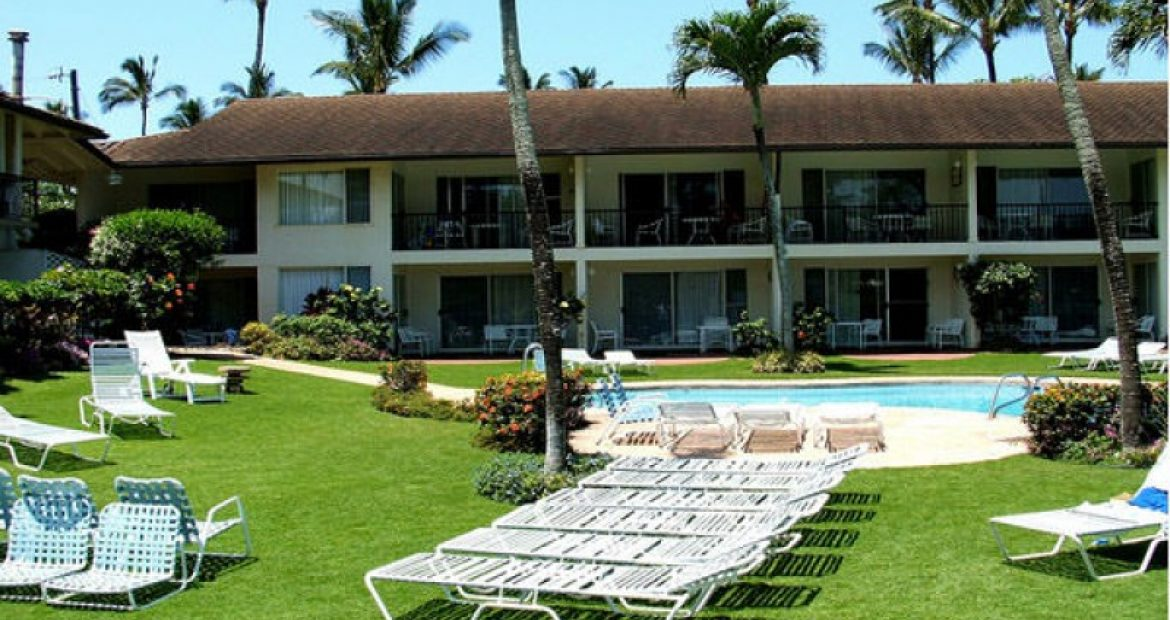 Why Napili Surf Beach Resort Is Popular Among Foreign Tourists